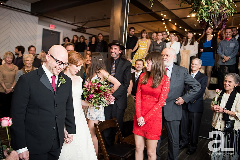 Portland-UnionPine-Wedding-Photography_0016.jpg