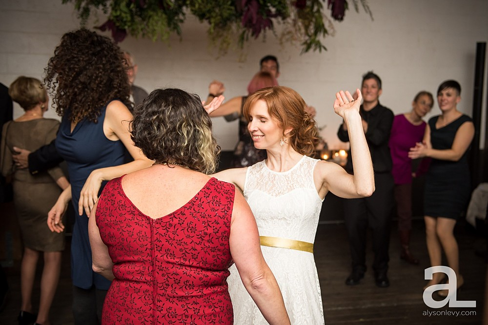 Portland-UnionPine-Wedding-Photography_0046.jpg