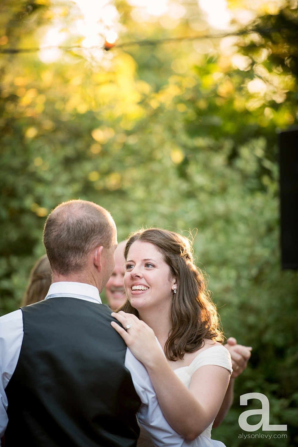 McMenamins-Edgefield-Wedding-Photography_0145.jpg