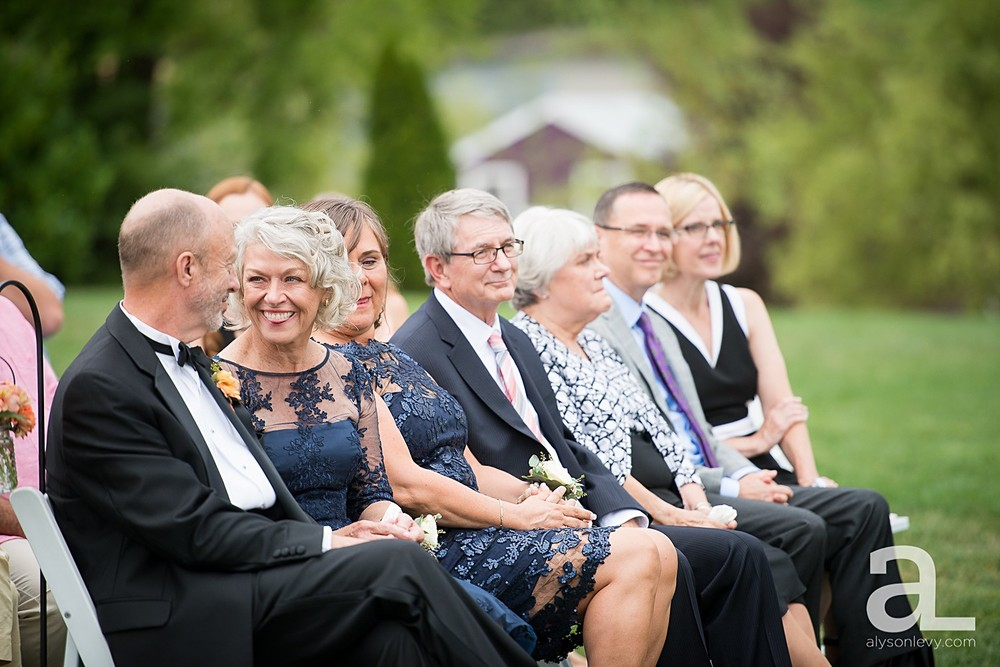 Zenith-Vineyards-Wedding-Photography_0035.jpg