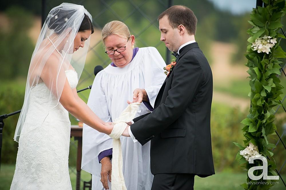 Zenith-Vineyards-Wedding-Photography_0038.jpg