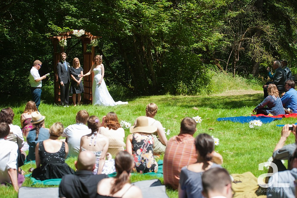 Silver-Falls-State-Park-Wedding-Photography_0010.jpg