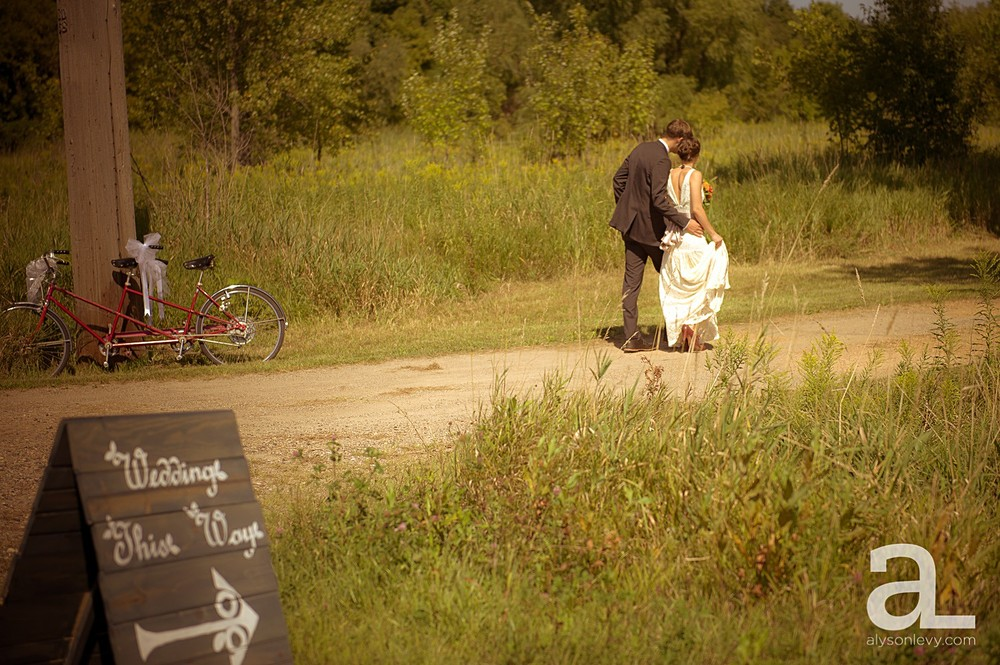 Minneapolis-Farmhouse-Wedding-Photography_0011.jpg