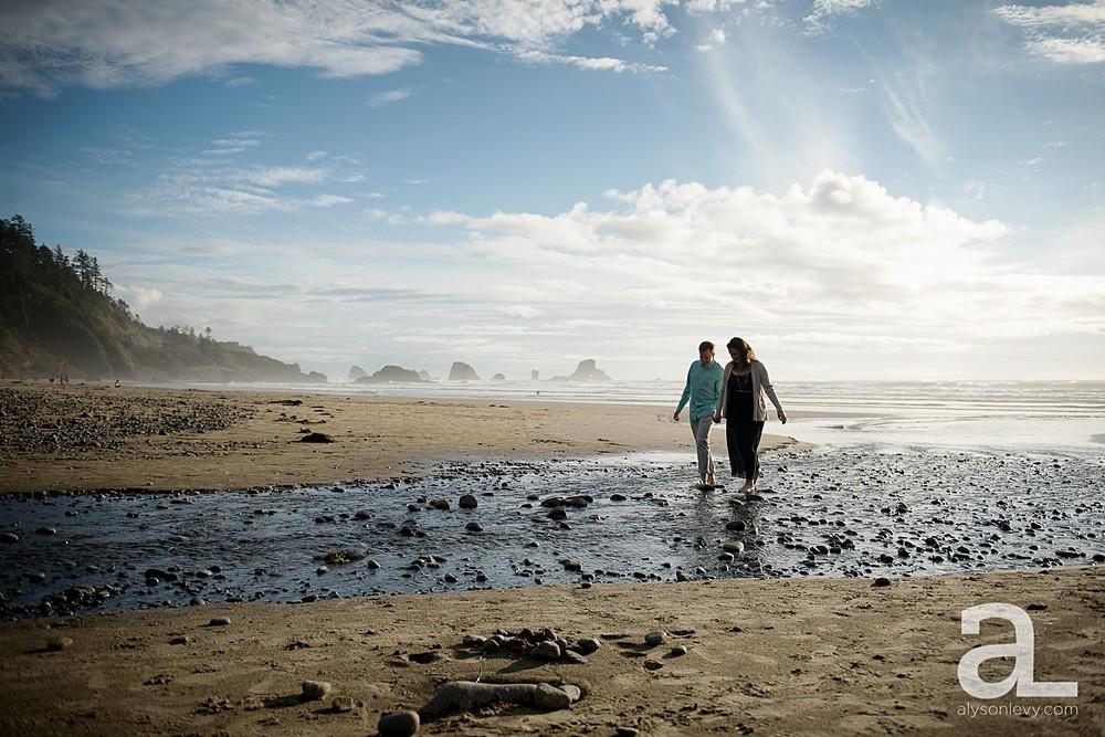 Oregon-Coast-Engagement-Photography_0003.jpg