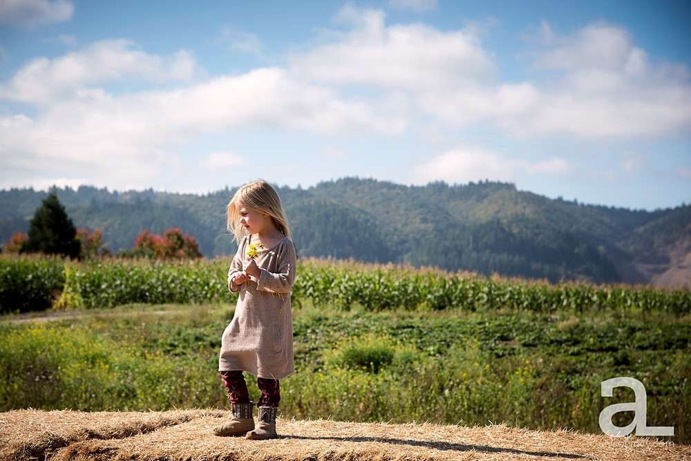 Sauvie-Island-Pumpkin-Patch-Family-Photography_0013.jpg