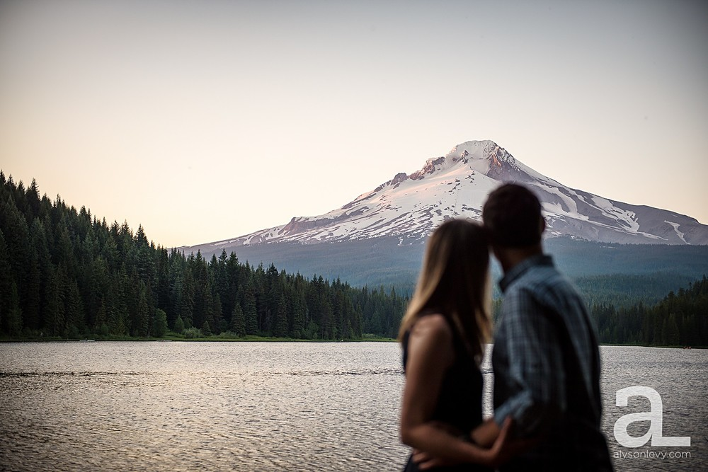 Portland-Engagement-Photography_0011.jpg