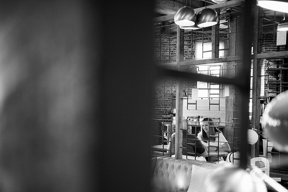 Portland-Coffee-Shop-Engagement-Session_0016.jpg