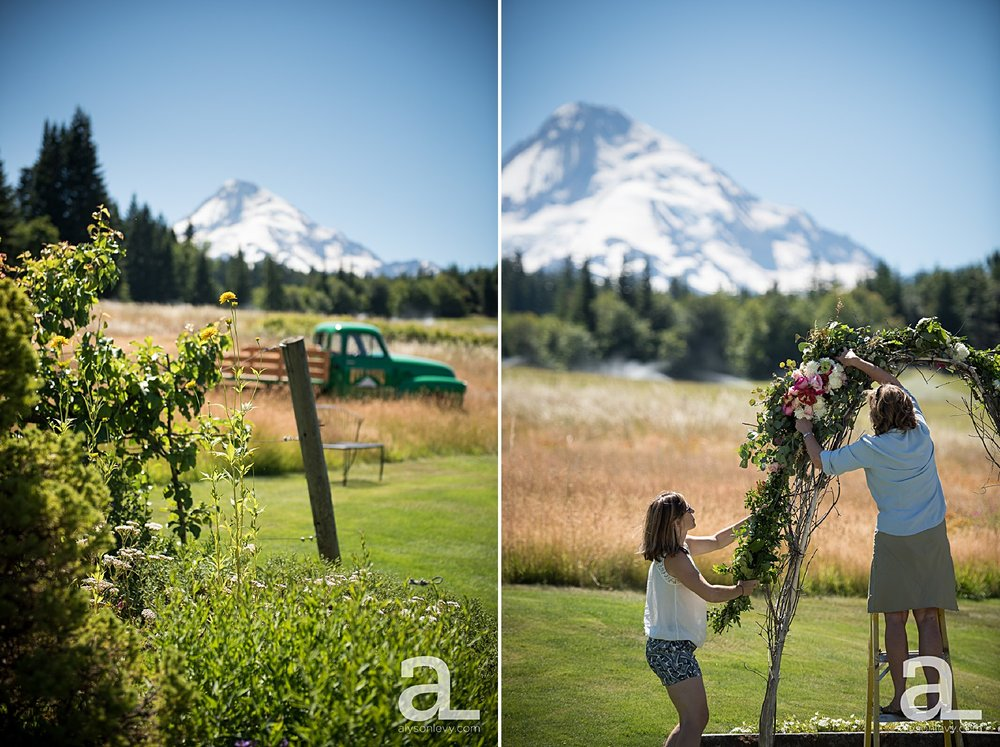 Mt-Hood-Bed-and-Breakfast-Wedding-Photography_0001.jpg
