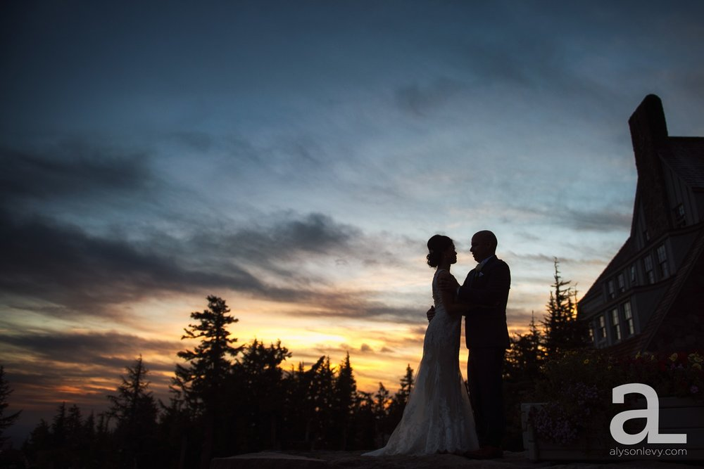 Timberline-Lodge-Wedding-Photography_0045.jpg