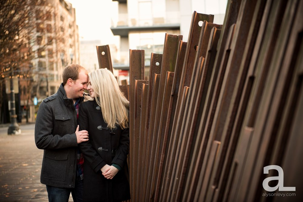 Downtown-Portland-Oregon-Engagement-Session_0011.jpg