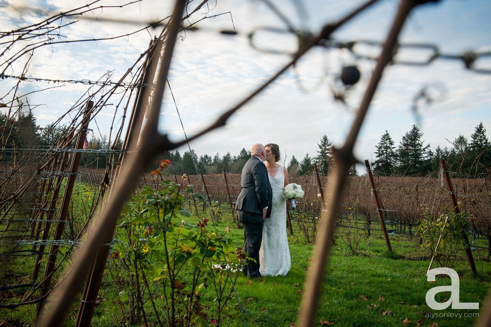 Zenith-Vineyard-Wedding-Photography-Salem_0064.jpg
