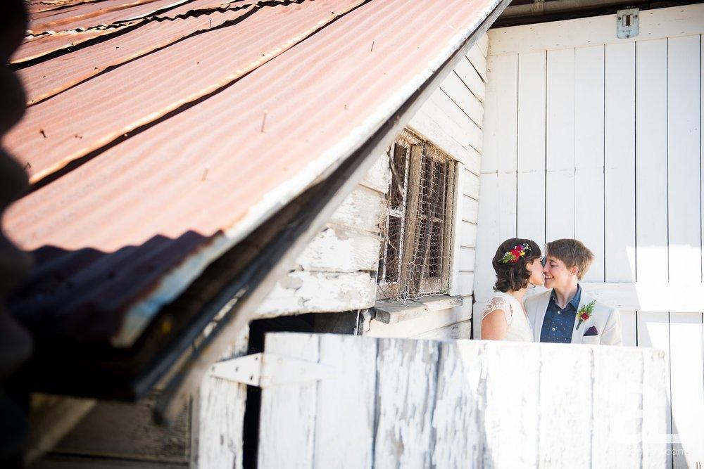Mt-Hood-Oregon-Wedding-Photography-Crag-Rat-Hut-Hood-River_0017.jpg