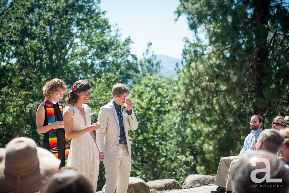 Mt-Hood-Oregon-Wedding-Photography-Crag-Rat-Hut-Hood-River_0035.jpg