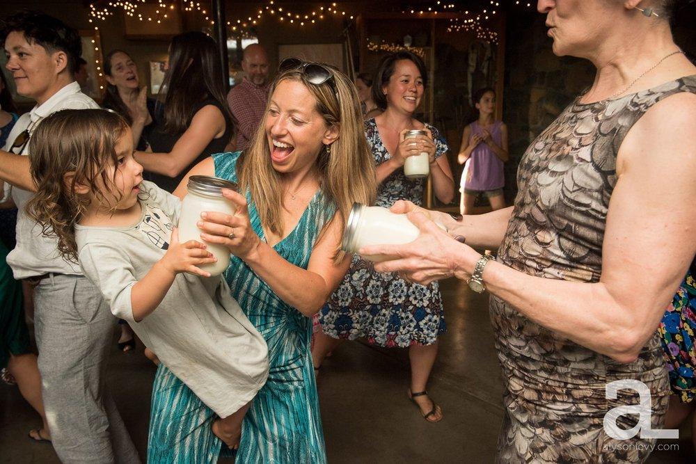 Mt-Hood-Oregon-Wedding-Photography-Crag-Rat-Hut-Hood-River_0081.jpg