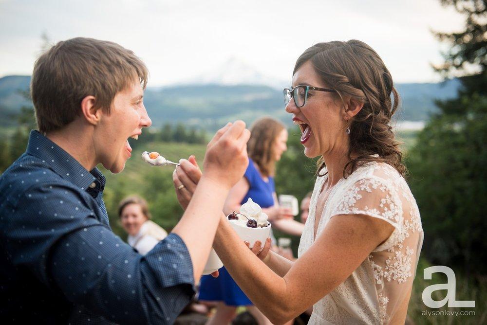 Mt-Hood-Oregon-Wedding-Photography-Crag-Rat-Hut-Hood-River_0092.jpg