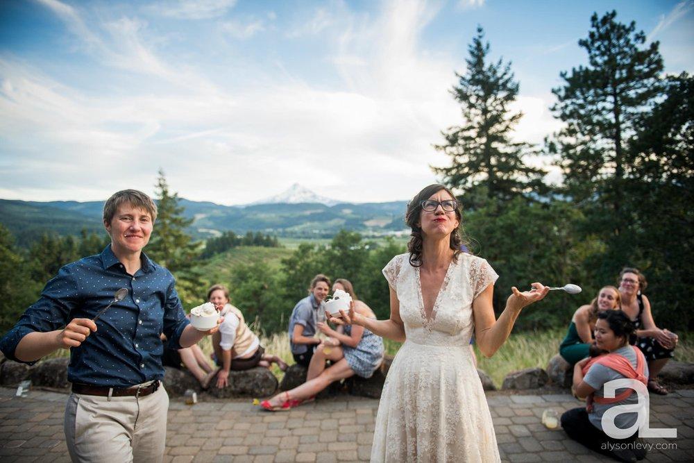 Mt-Hood-Oregon-Wedding-Photography-Crag-Rat-Hut-Hood-River_0094.jpg