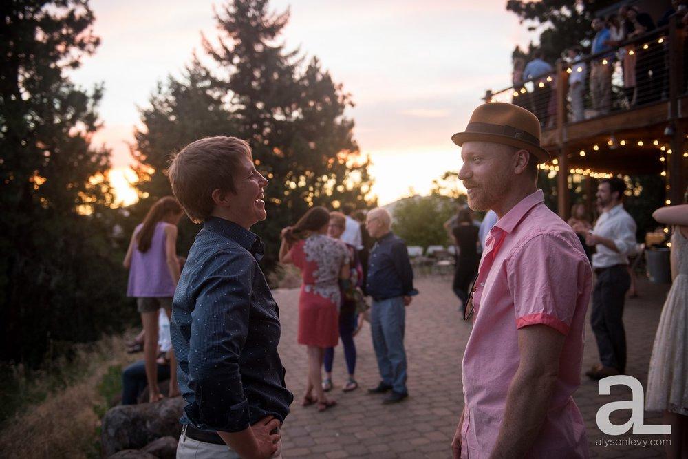 Mt-Hood-Oregon-Wedding-Photography-Crag-Rat-Hut-Hood-River_0104.jpg