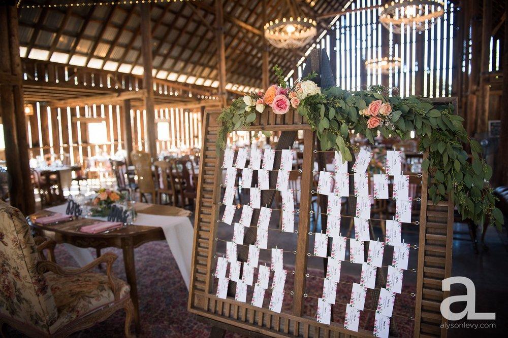 Tin-Roof-Barn-Wedding-Photography-White-Salmon-Washington_0052.jpg