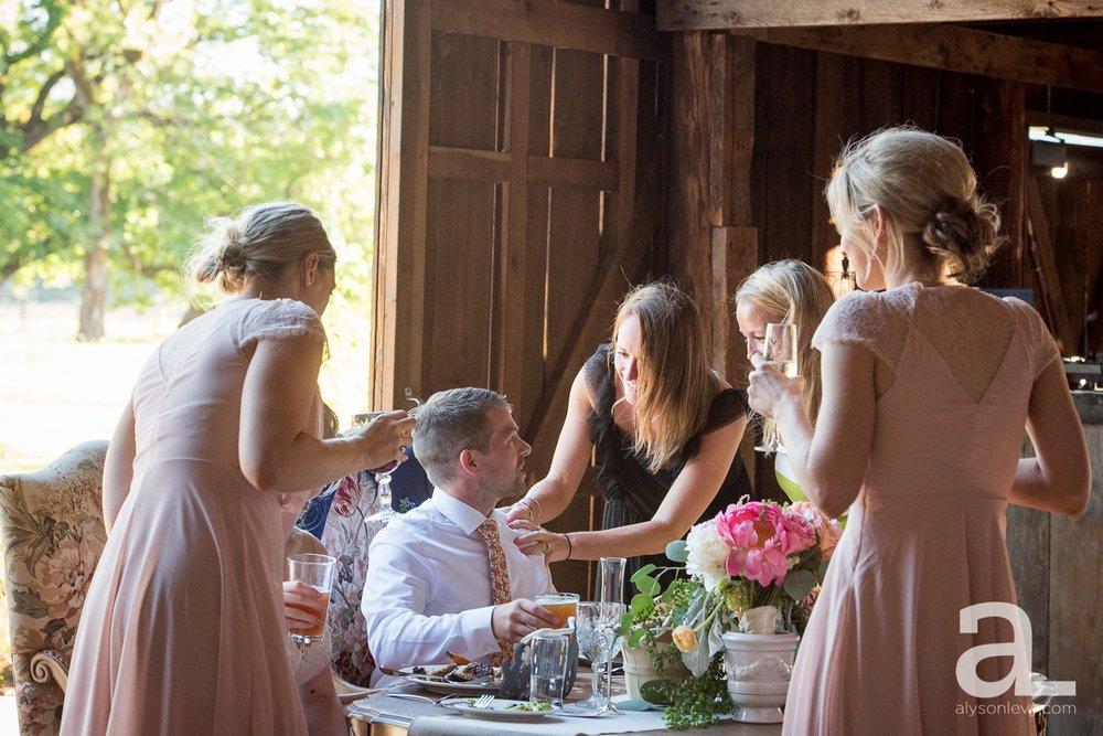 Tin-Roof-Barn-Wedding-Photography-White-Salmon-Washington_0085.jpg