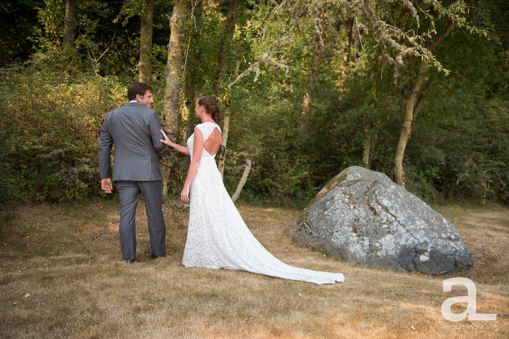 Whidbey-Island-Wedding-Photography-Old-Crockett-Barn_0018.jpg