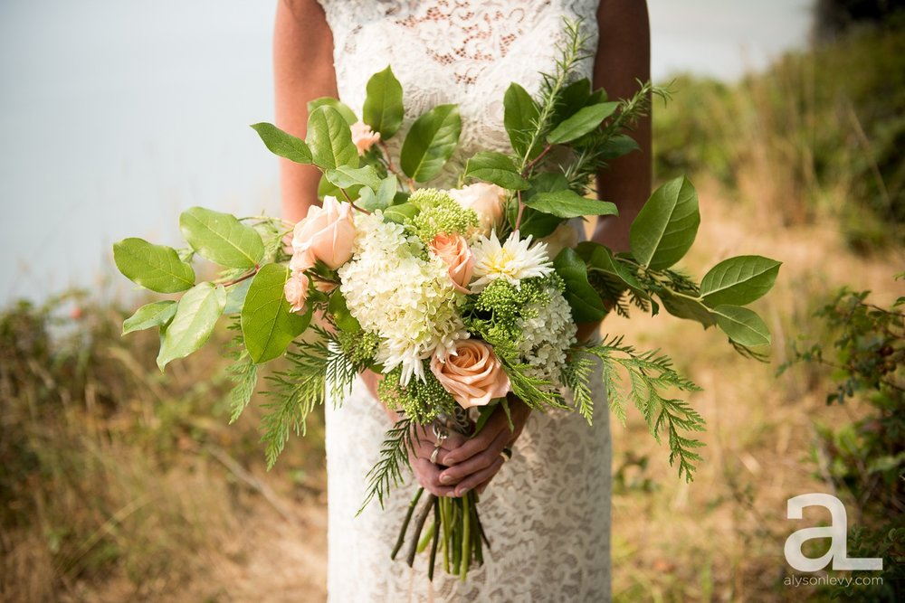 Whidbey-Island-Wedding-Photography-Old-Crockett-Barn_0025.jpg