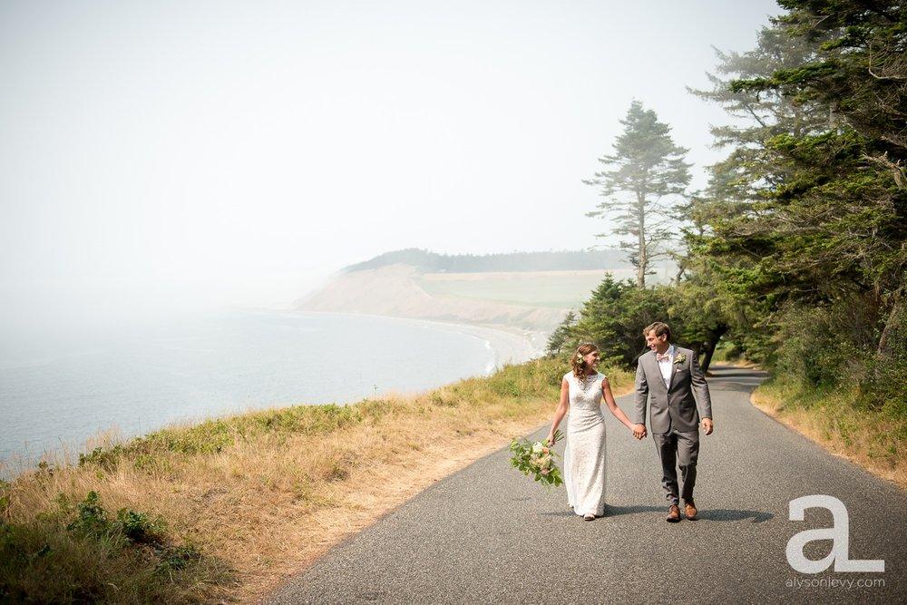Whidbey-Island-Wedding-Photography-Old-Crockett-Barn_0027.jpg