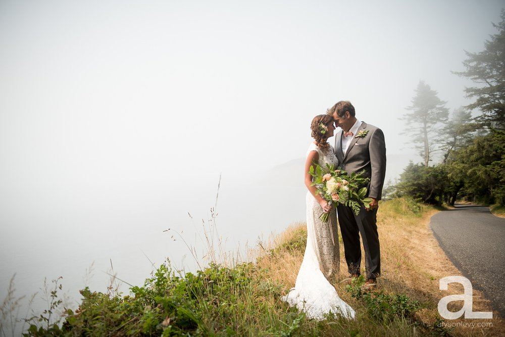 Whidbey-Island-Wedding-Photography-Old-Crockett-Barn_0028.jpg