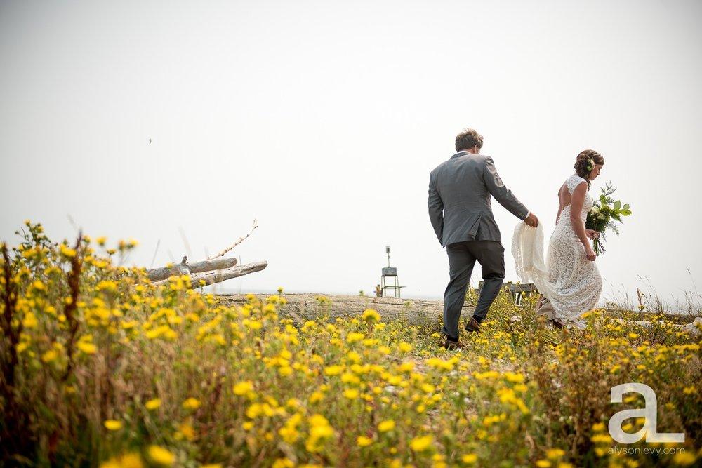 Whidbey-Island-Wedding-Photography-Old-Crockett-Barn_0030.jpg