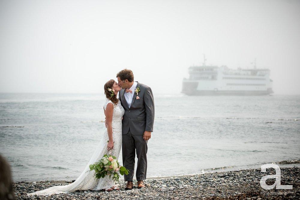 Whidbey-Island-Wedding-Photography-Old-Crockett-Barn_0034.jpg