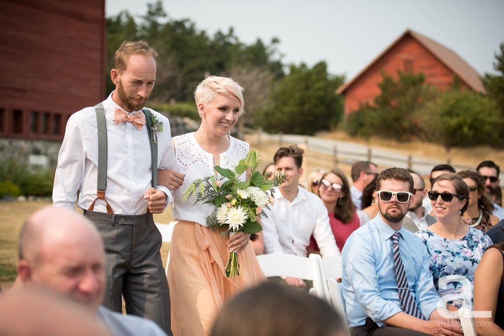Whidbey-Island-Wedding-Photography-Old-Crockett-Barn_0049.jpg