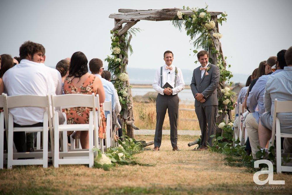 Whidbey-Island-Wedding-Photography-Old-Crockett-Barn_0054.jpg