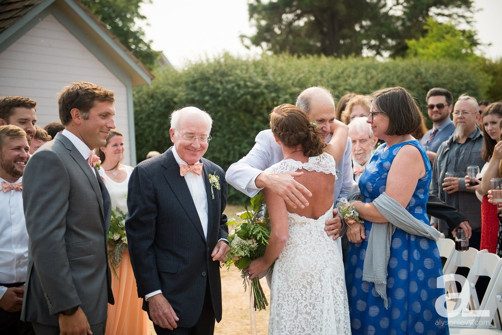 Whidbey-Island-Wedding-Photography-Old-Crockett-Barn_0060.jpg