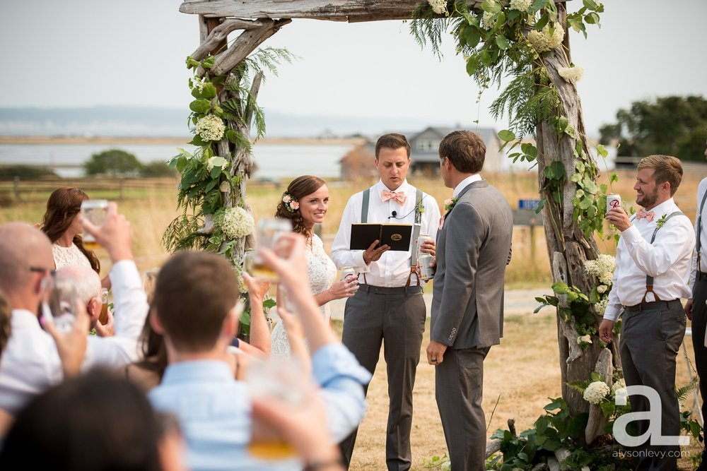 Whidbey-Island-Wedding-Photography-Old-Crockett-Barn_0072.jpg