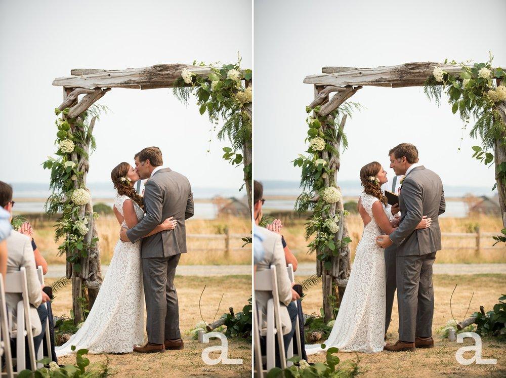 Whidbey-Island-Wedding-Photography-Old-Crockett-Barn_0076.jpg