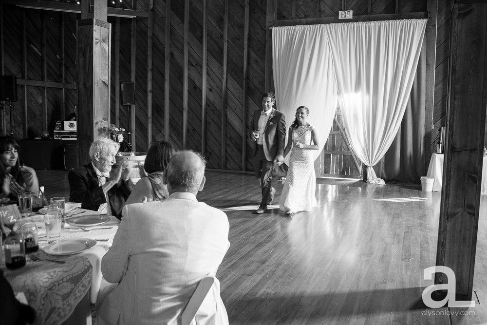 Whidbey-Island-Wedding-Photography-Old-Crockett-Barn_0102.jpg