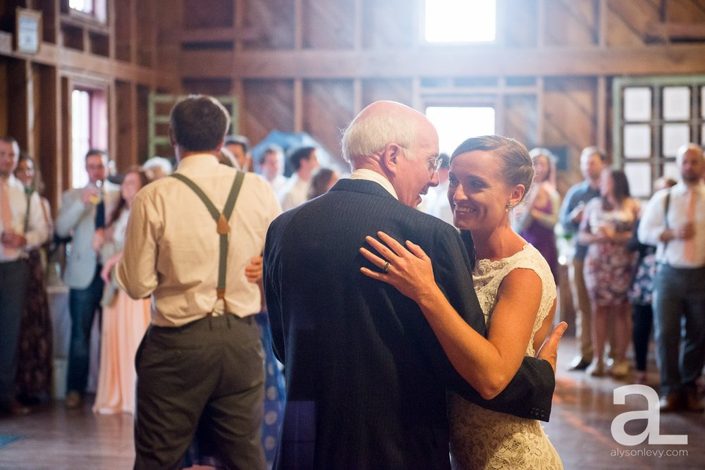 Whidbey-Island-Wedding-Photography-Old-Crockett-Barn_0124.jpg