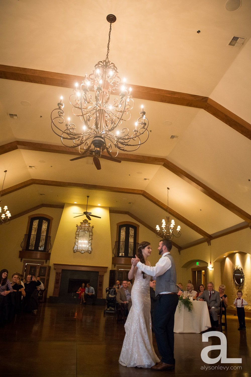 Zenith-Vineyards-Salem-Oregon-Wedding-Photography_0100.jpg