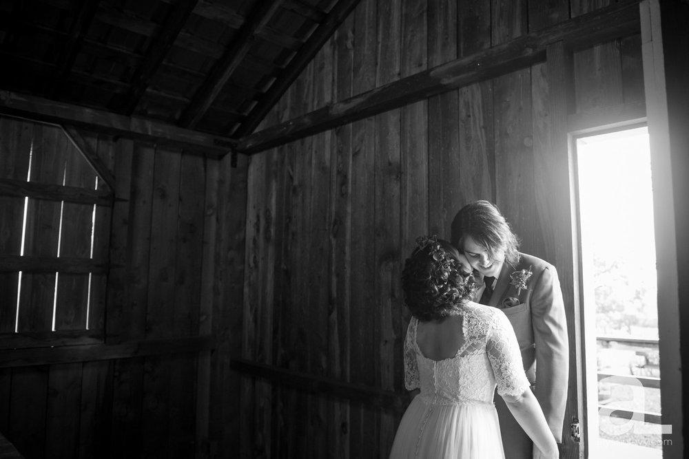 Perryhill-Farms-Oregon-Wedding-Photography_0025.jpg