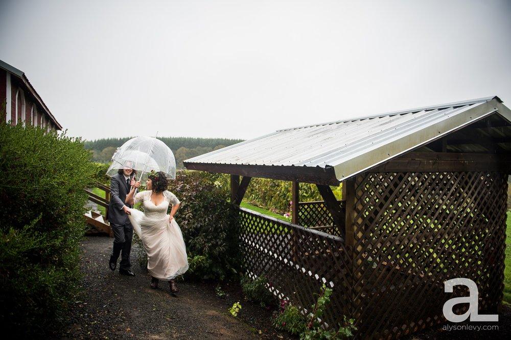 Perryhill-Farms-Oregon-Wedding-Photography_0032.jpg