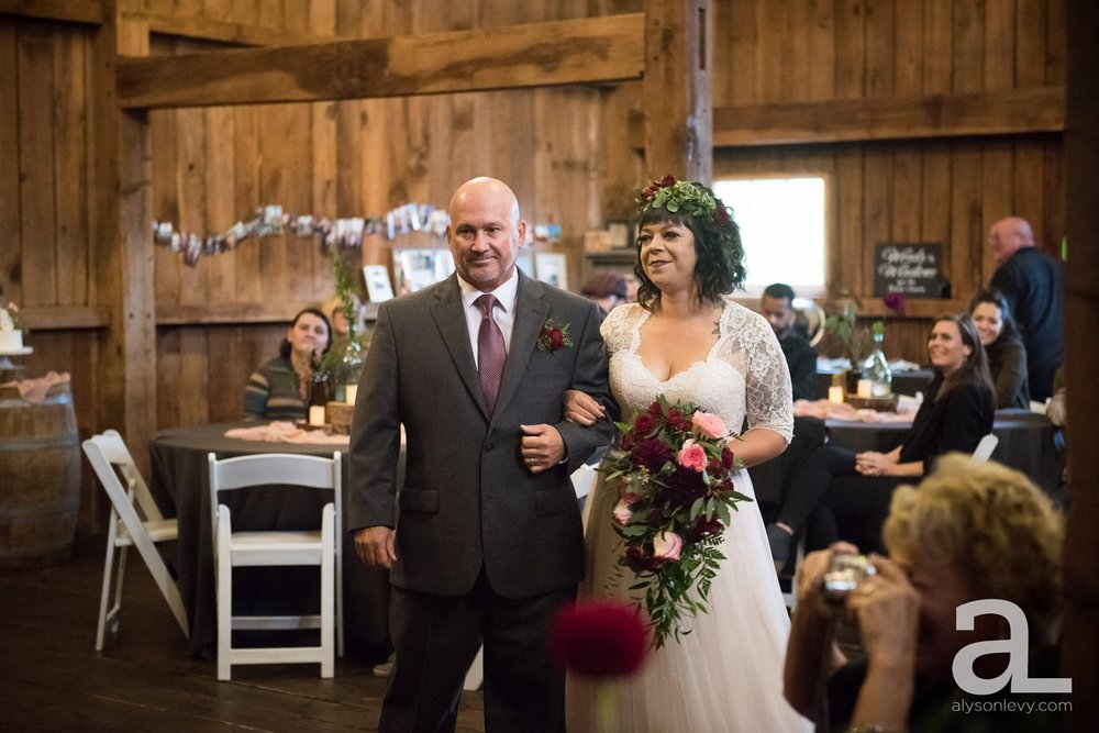 Perryhill-Farms-Oregon-Wedding-Photography_0051.jpg