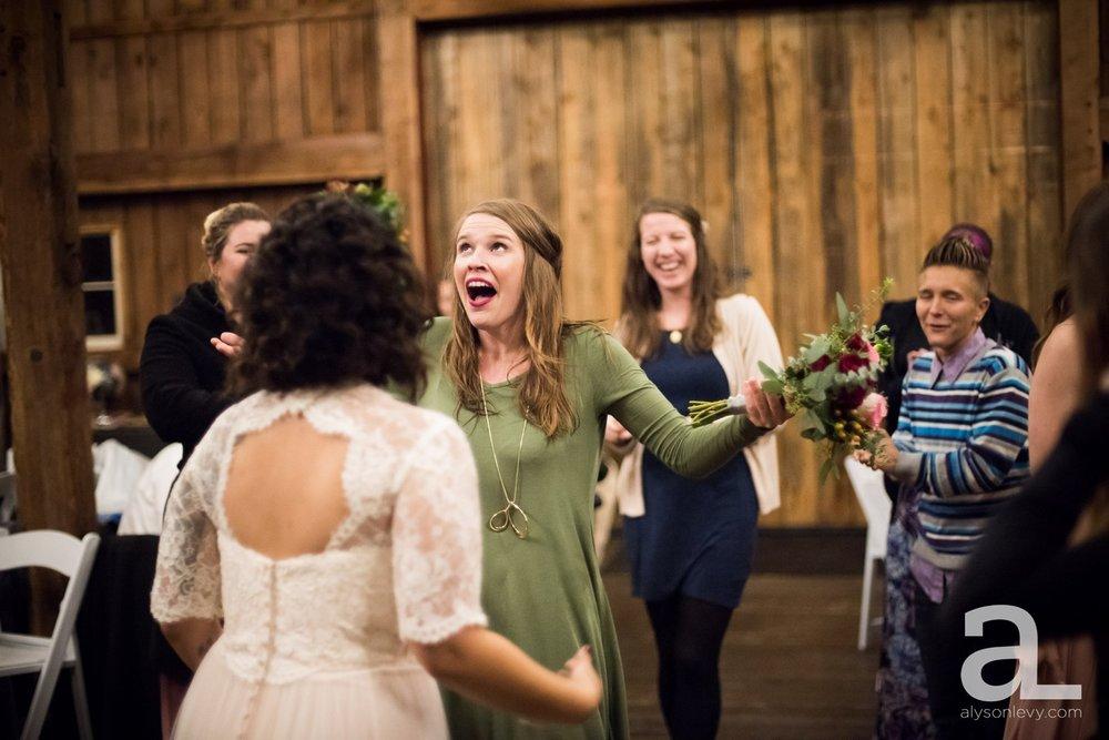 Perryhill-Farms-Oregon-Wedding-Photography_0105.jpg