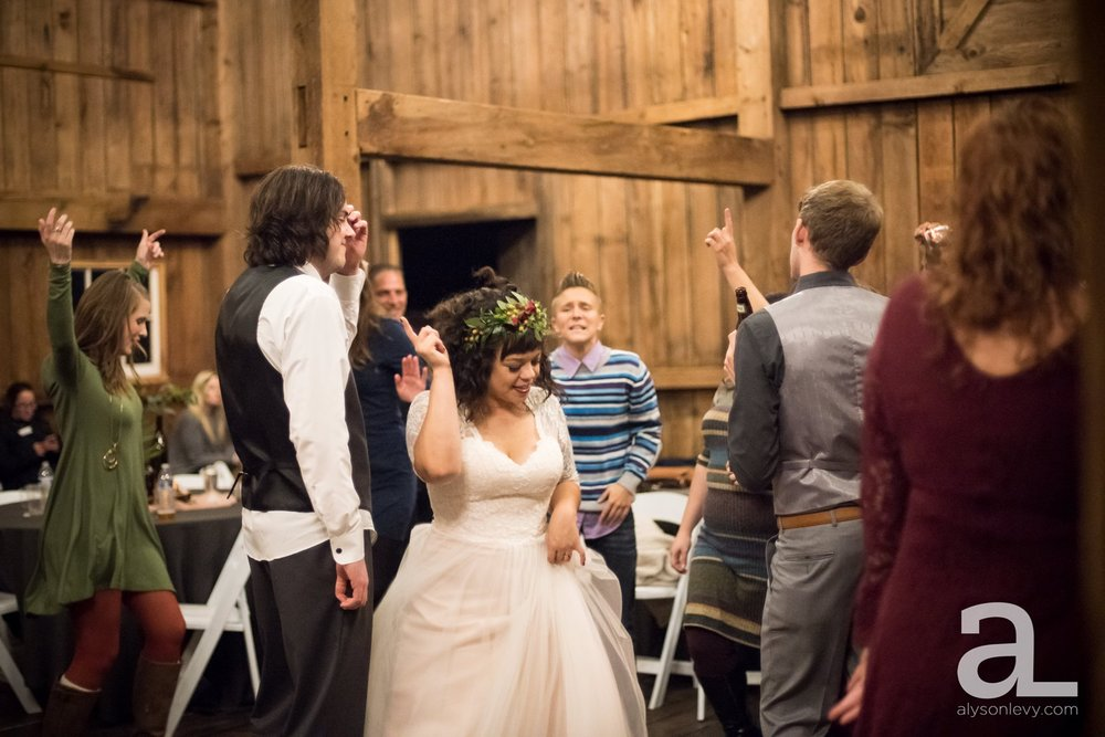 Perryhill-Farms-Oregon-Wedding-Photography_0109.jpg