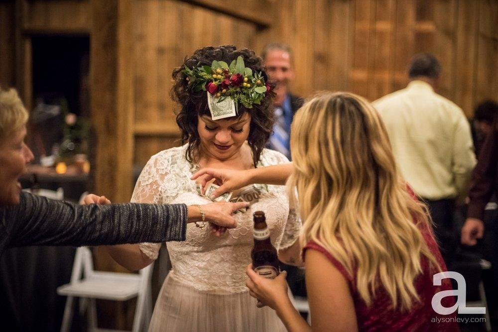 Perryhill-Farms-Oregon-Wedding-Photography_0112.jpg