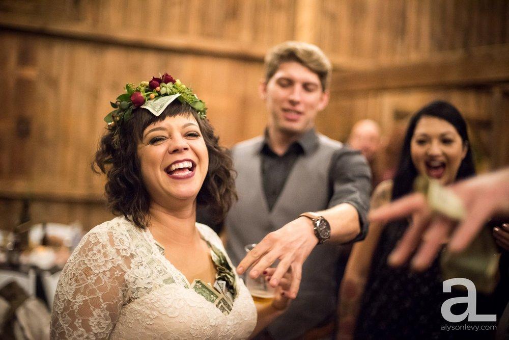 Perryhill-Farms-Oregon-Wedding-Photography_0113.jpg
