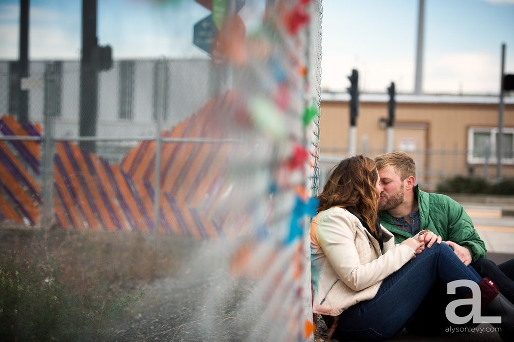 Portland-Oregon-Engagement-Photography-Eastbank-Waterfront_0004.jpg