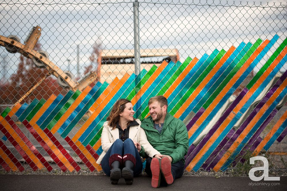 Portland-Oregon-Engagement-Photography-Eastbank-Waterfront_0005.jpg