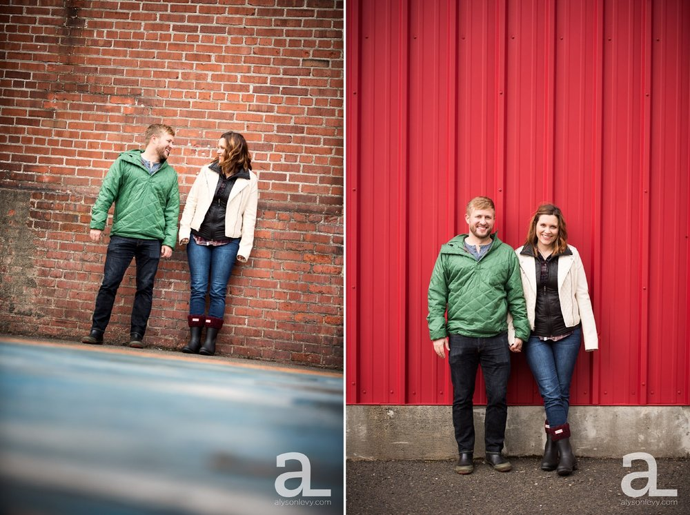 Portland-Oregon-Engagement-Photography-Eastbank-Waterfront_0010.jpg