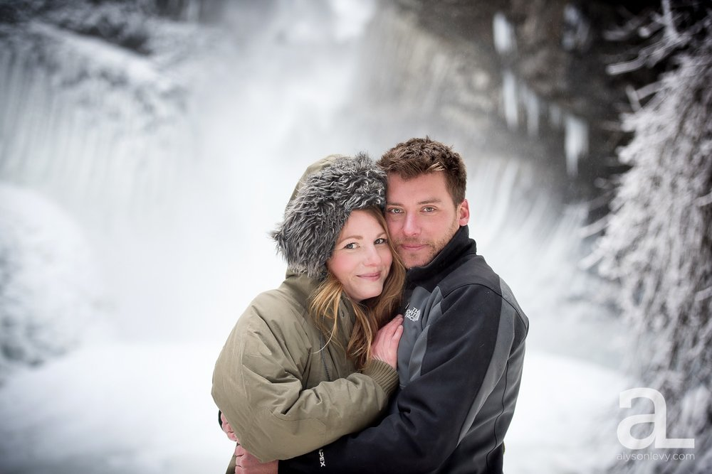 Portland-Winter-Engagement-Photography_0001.jpg