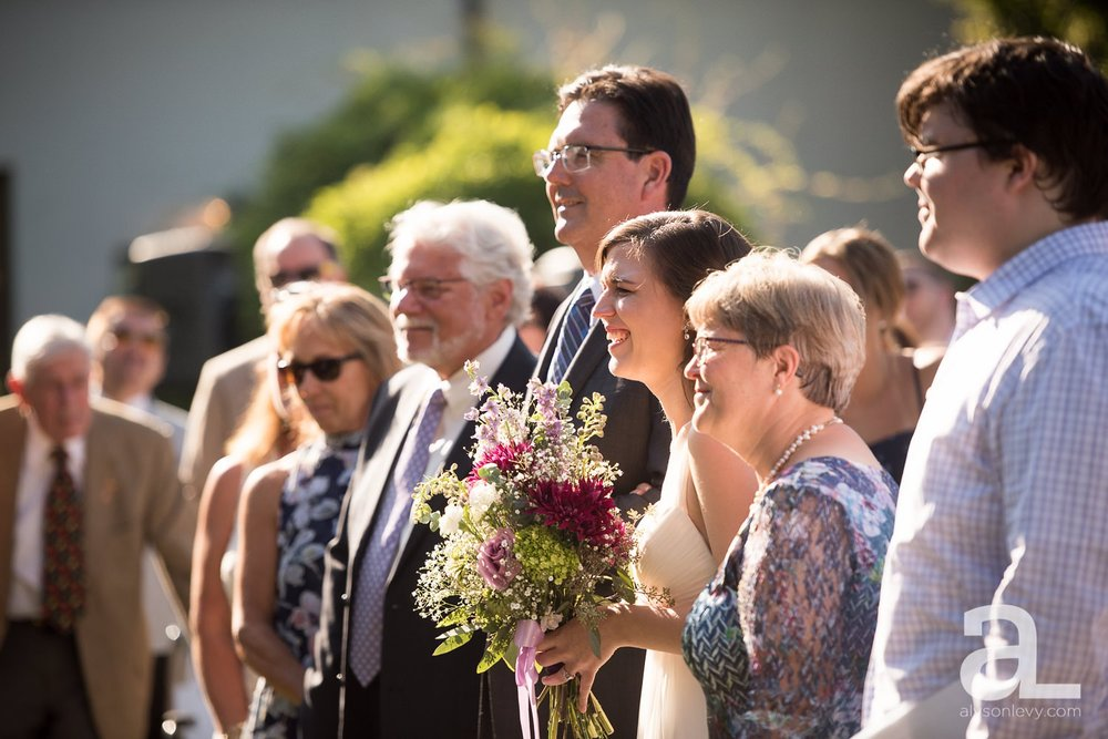 Portland-Wedding-Photography-Blackberry-Hall-Meadow_0028.jpg