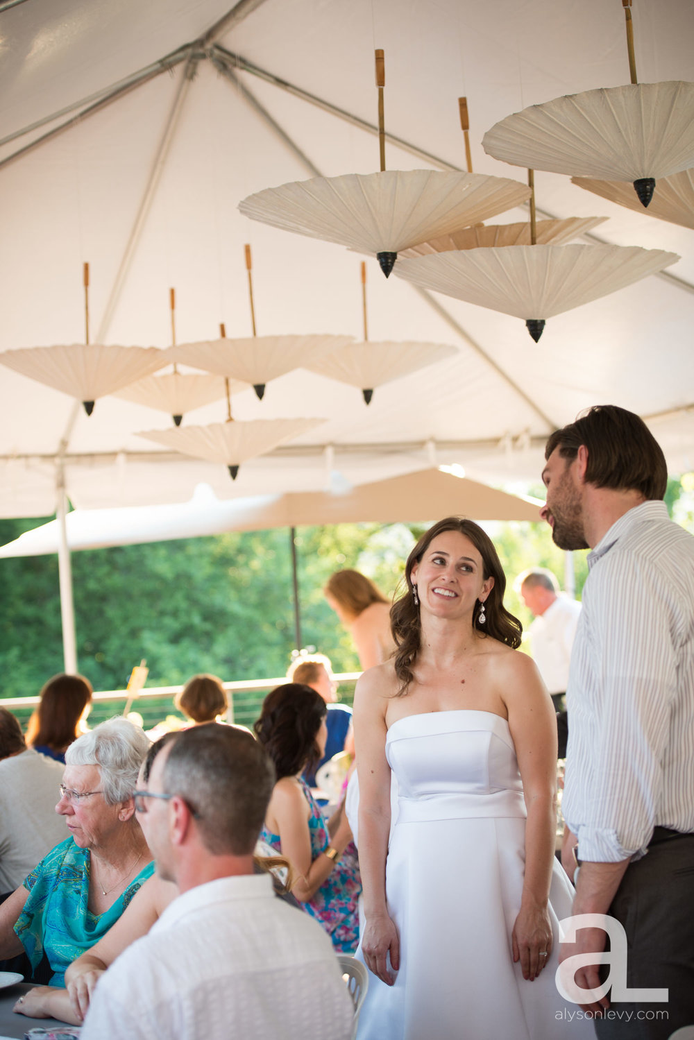 DeSoto-Rooftop-Portland-Wedding-Photography-041.jpg